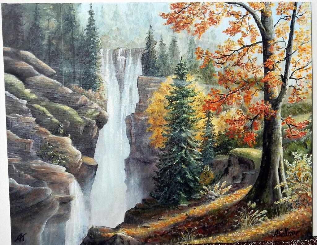 31-Stuerzender-Wasserfall.JPG